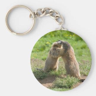deux jeunes marmottes porte-clé rond