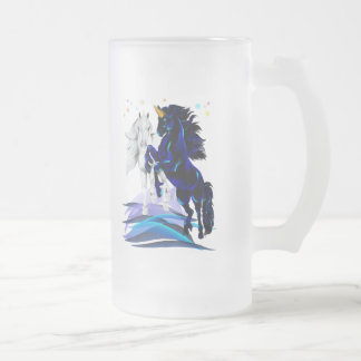 Deux licornes et tasses de vagues