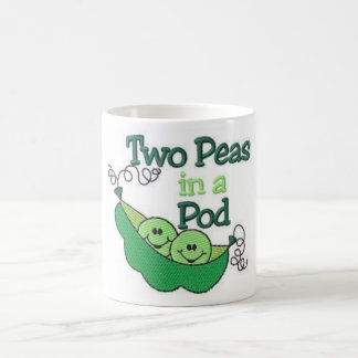 Deux pois dans une cosse mug
