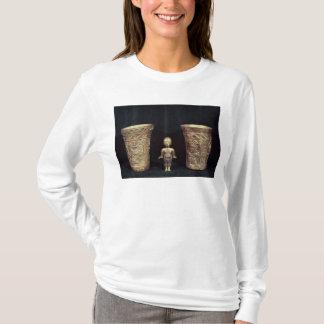 Deux vases à Chimu avec les chiffres mythologiques T-shirt