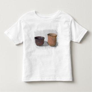 Deux vases campaniformes t-shirt pour les tous petits