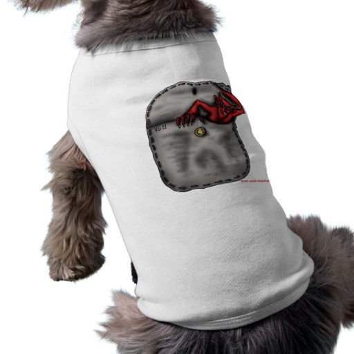 Diable rouge frais drôle dans la chemise de chien  t-shirts pour toutous