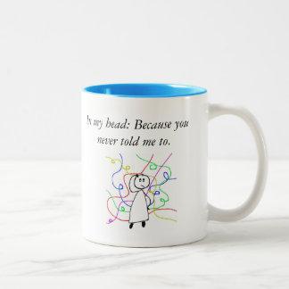 Dialogue drôle entre le patron et la tasse de café