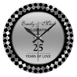 Diamants argentés et anniversaire de coeur 25ème grande horloge ronde