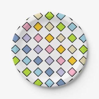 Diamants en pastel d'arc-en-ciel décrits par noir assiettes en papier