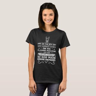 Dieu a fait aux bergers allemands les compagnons t-shirt