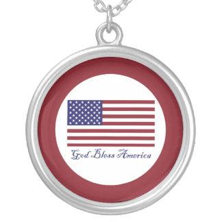 Dieu bénissent le drapeau de l'Amérique Pendentif Rond