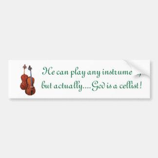 Dieu est un violoncelliste autocollant de voiture