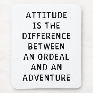 Différence d'attitude tapis de souris