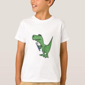 Dinosaure de T-Rex d'ANNONCE avec un T-shirt de