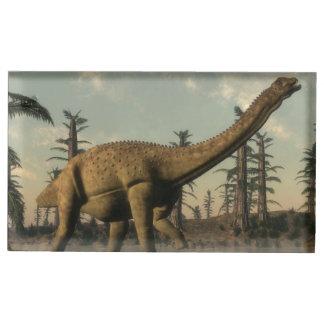 Dinosaure d'Uberabatitan dans le lac - 3D rendent Porte-photos
