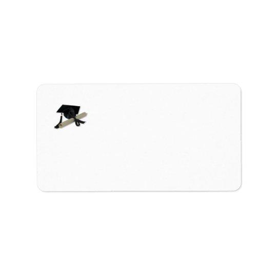 Diplôme et casquette d'obtention du diplôme (panne étiquettes d'adresse