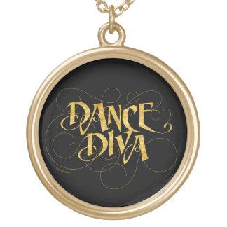 Diva de danse collier plaqué or