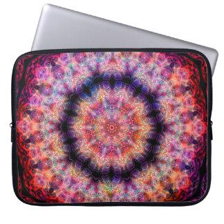 Dix ont dirigé le kaléidoscope coloré radial housses ordinateur