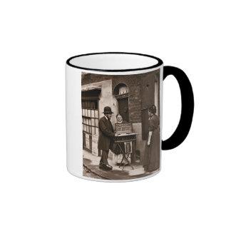Docteur de rue, 1876-77 (woodburytype) tasses