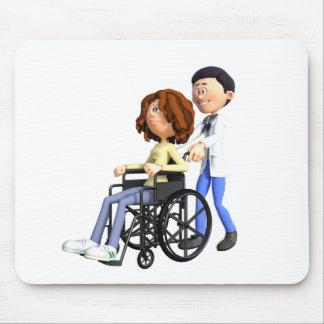 Docteur Wheeling Patient In Wheelchair de bande Tapis De Souris