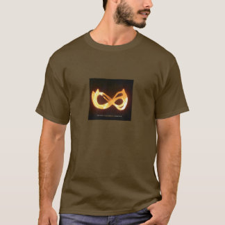 Dolmen : Vers 1 d'incantations T-shirt