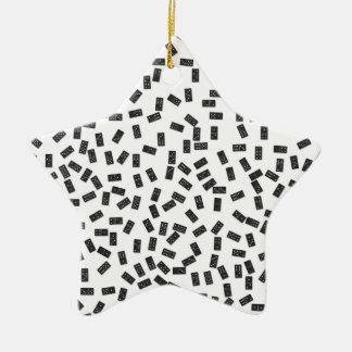 Dominos sur le blanc ornement étoile en céramique
