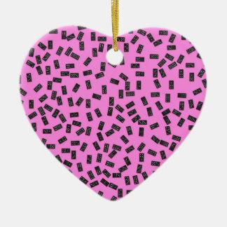 Dominos sur le rose ornement cœur en céramique