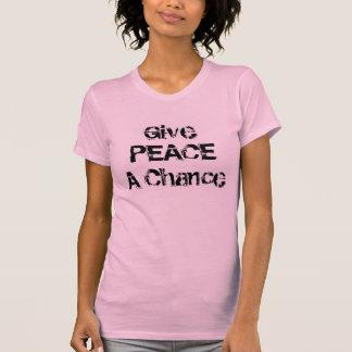 Donnez à paix une chemise de femmes d'occasion t-shirt