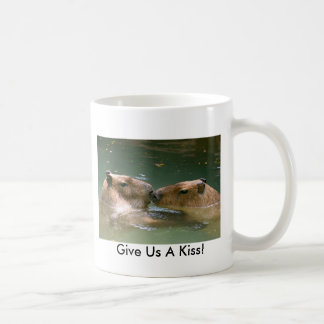 Donnez-nous un baiser ! mug