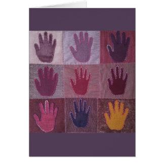 Donnez un édredon 2 de main carte de vœux