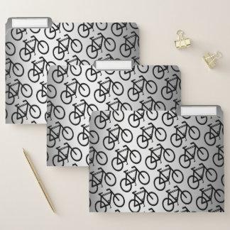 Dossier Bicyclette argentée faisant un cycle l'ensemble