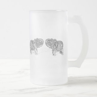 Double éléphant de Feng Shui - B&W Frosted Glass Beer Mug