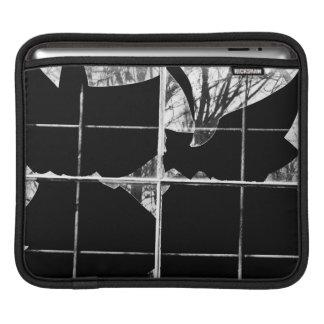Douille cassée d'iPad de réflexions de fenêtre Housses iPad
