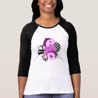Douille de T-shirt de lumière de typographie d'Emo