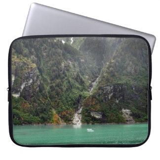Douille verte d'ordinateur portable de paysage housse ordinateur