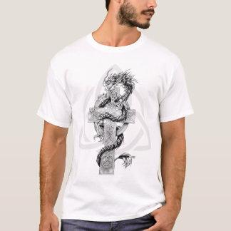 Dragon avec le symbole celtique t-shirt