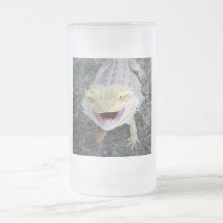 Dragon barbu heureux superbe chope givrée