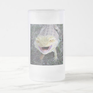 Dragon barbu heureux superbe frosted glass beer mug