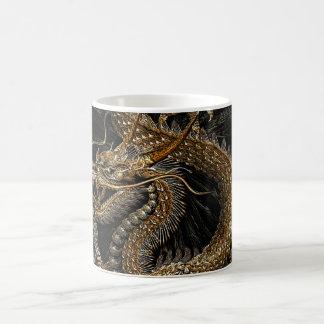 Dragon chinois dans Brown texturisé Mug