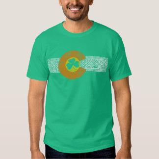 Drapeau affligé de shamrock du Colorado de Celtic T-shirt