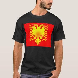 Drapeau albanais d'Eagle d'or T-shirt