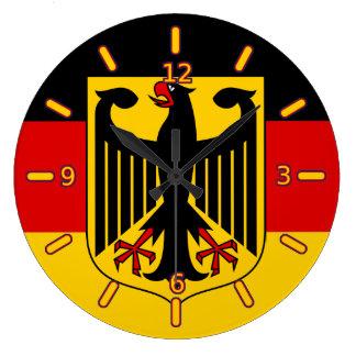 Drapeau allemand avec l'horloge de crête (avec des grande horloge ronde