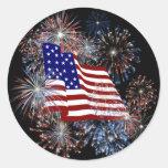 Drapeau américain patriotique et feux d'artifice adhésifs ronds