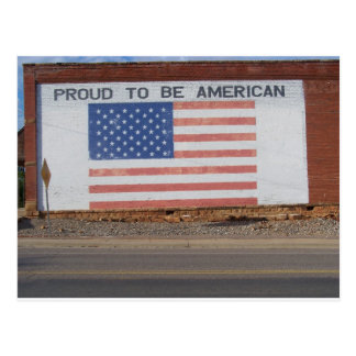 Drapeau américain peint sur le vieux bâtiment cartes postales