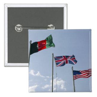 Drapeau BRITANNIQUE entre l'Afghan et les drapeaux Pin's