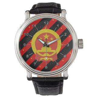 Drapeau chinois de rayures montre