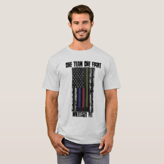 Drapeau convenable de T-shirt de militaires