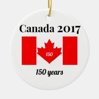Drapeau de coeur du Canada 150 en 2017 Ornement Rond En Céramique