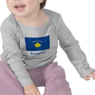 Drapeau de Kosovo avec le nom dans l'Albanais T-shirts