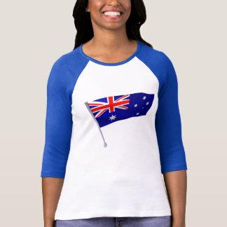 Drapeau de l'Australie dans le vent T-shirt