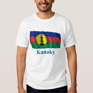 Drapeau de ondulation de Kanaky avec le nom T-shirts