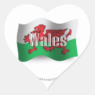 Drapeau de ondulation du Pays de Galles Sticker Cœur