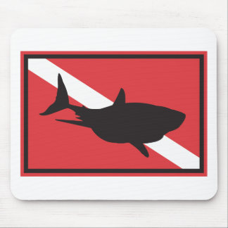 Drapeau de plongée de requin tapis de souris