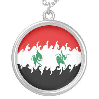 Drapeau Gnarly de la Syrie Pendentif Personnalisé